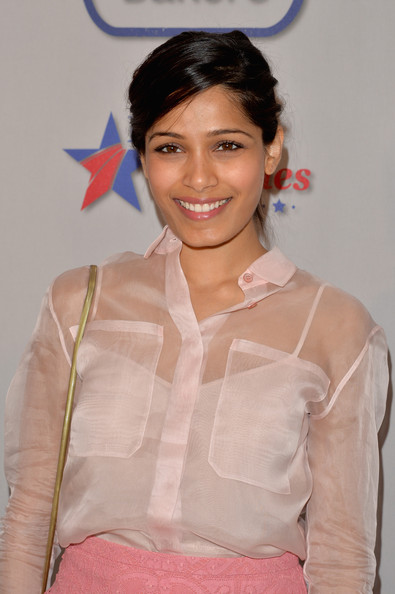 More Pics of Freida Pinto Pumps (1 of 4) - Pumps Lookbook - StyleBistro