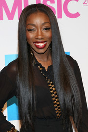 Estelle looked like a walking shampoo ad with this super-sleek hairstyle at the Billboard Women in Music luncheon.