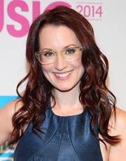 Ingrid Michaelson topped off her look with pretty, piecey waves when she attended the Billboard Women in Music luncheon.