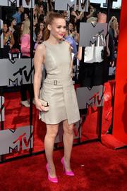 Holland Roden showed her edgy side with this stylish nude leather dress by Ferragamo during the MTV Movie Awards.