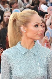 Laura Vandervoort rocked an edgy-chic ponytail at the MuchMusic Video Awards.