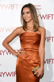 Jessica Alba's Kotur hard-case clutch and bronze strapless dress at the Designing Women Awards Gala were a very stylish pairing.