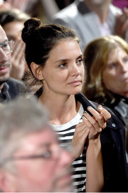 Katie Holmes sported a gold mani at the Power of Pink benefit.