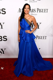 Courtney Reed looked like royalty in a cobalt one-shoulder peplum gown by Carmen Marc Valvo during the Tony Awards.