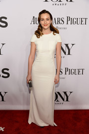 Leighton Meester opted for simple elegance with this white Antonio Berardi column dress when she attended the Tony Awards.
