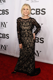 Judith Light kept it classy in a long-sleeve black lace-overlay gown by Randi Rahm at the Tony Awards.