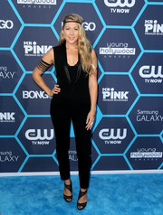 Colbie Caillat worked the blue carpet in a tux-inspired black jumpsuit by Maje during the Young Hollywood Awards.