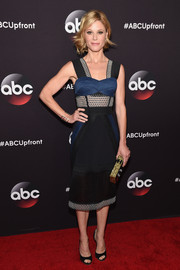 Julie Bowen looked fierce at the ABC Upfront event in a blue and black mesh-panel dress by Jonathan Simkhai.