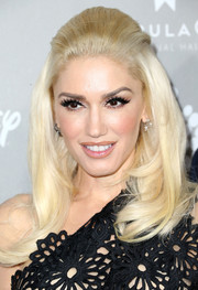 Gwen Stefani brought a '60s vibe to the Baby2Baby Gala with this teased half-up style.