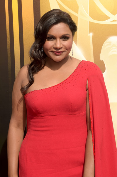 More Pics of Mindy Kaling Dangling Diamond Earrings (5 of 5) - Mindy Kaling Lookbook - StyleBistro [shoulder,clothing,pink,red,dress,beauty,magenta,joint,fashion,cocktail dress,arrivals,mindy kaling,microsoft theater,los angeles,california,creative arts emmy awards]