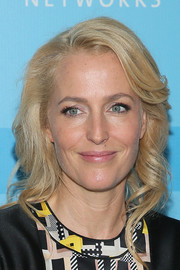 Gillian Anderson looked sweet and pretty with her blonde waves at the Fox Programming Presentation.
