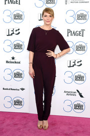 Katie Aselton kept it laid-back in a burgundy H&M jumpsuit during the Film Independent Spirit Awards.