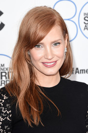 Jessica Chastain was casually coiffed with this subtly wavy 'do with side-swept bangs during the Film Independent Spirit Awards.