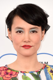 Rinko Kikuchi kept it casual with this short side-parted 'do at the 2015 Film Independent Spirit Awards.