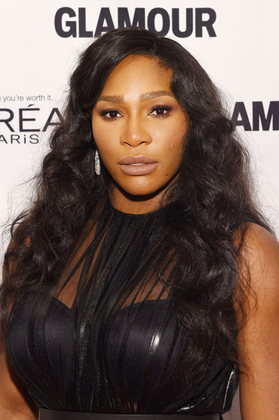 Serena Williams sported flowing curls when she attended the Glamour Women of the Year Awards.