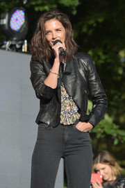 Katie Holmes wore a cropped leather jacket over a printed blouse and black jeans at the 2015 Global Citizen Festival to end extreme poverty by 2030 in Central Park on September 26, 2015