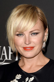Malin Akerman attended the InStyle and Warner Bros. Golden Globes party wearing an edgy version of the classic bob.