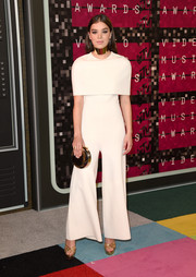 Hailee Steinfeld was minimalist-chic with a bit of '70s flair in this whiteStella McCartney jumpsuit during the MTV VMAs.