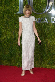 Anna Wintour was classy, as always, in a beaded white Chanel gown at the Tony Awards.