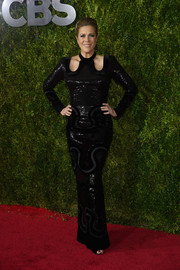 Rita Wilson brought some edge to the Tony Awards red carpet with this sequined black column dress by Tom Ford.