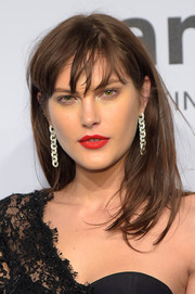 Catherine McNeil rocked messy hair at the amfAR New York Gala.