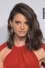 Jeisa Chiminazzo sported a sexy, high-volume 'do with a deep side part and edgy waves during the amfAR New York Gala.