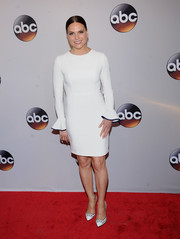 Lana Parrilla was minimalist-chic in a white Black Halo sheath dress with fluted sleeves at the 2016 ABC Upfront.