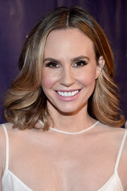 Keltie Knight styled her tresses with feathery waves for the Alzheimer Association's A Night at Sardi's event.