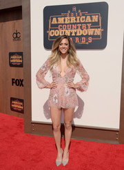 Jana Kramer completed her breezy red carpet attire with silver glitter pumps.