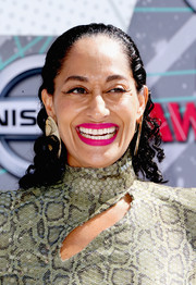 Tracee Ellis Ross wore her hair slicked down at the top and curly down the ends during the 2016 BET Awards.