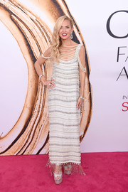 Rachel Zoe went for flapper glamour in a pearl-and-crystal-encrusted gown of her own design during the 2016 CFDA Fashion Awards.