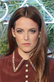 Riley Keough looked simply lovely wearing this center-parted hairstyle at the Coach and Friends of the High Line Summer Party.