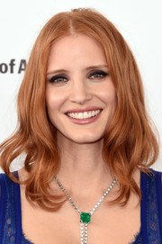 Jessica Chastain went hippie-glam with this wavy center-parted hairstyle at the Film Independent Spirit Awards.