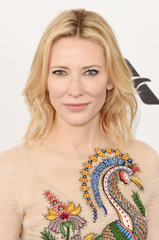 Cate Blanchett kept it relaxed with this mildly wavy 'do at the Film Independent Spirit Awards.