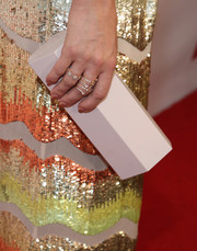 Kate Hudson accessorized with a geometric white clutch by Lee Savage at the 2016 GLSEN Respect Awards.