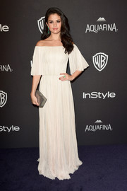 Selena Gomez chose a flowing cream-colored off-the-shoulder gown by J. Mendel for the 2016 Golden Globes after party.