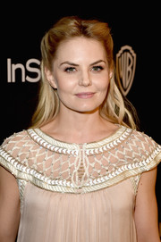 Jennifer Morrison looked sweet and put-together with a soft half up half down hairstyle.