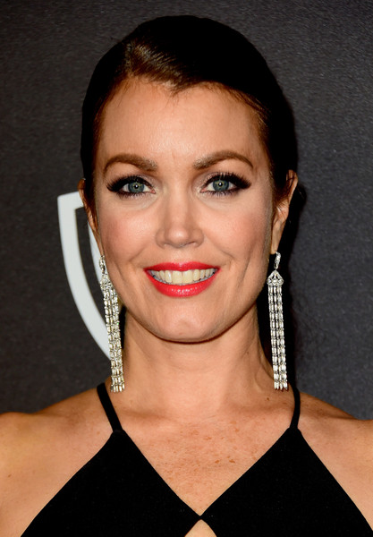 Bellamy Young kept it low-key with this ponytail at the InStyle and Warner Bros. Golden Globes post-party.