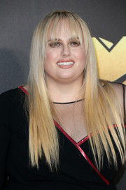 Rebel Wilson wore perfectly flat-ironed hair at the MTV Movie Awards.