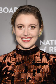 Greta Gerwig wore a casual short 'do when she attended the National Board of Review Gala.