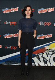 Aubrey Plaza chose a pair of high-waisted slack to complete her outfit.
