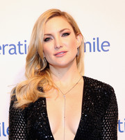 Kate Hudson looked glam with her loose waves at the Operation Smile Gala.
