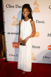 Brandy was minimalist-elegant in a white Grecian gown by Ruffian during the Pre-Grammy Gala.