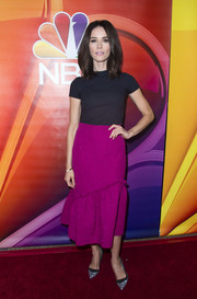 Abigail Spencer kept it plain up top in a black baby tee at the NBCUniversal Summer TCA Tour.