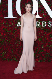 Saoirse Ronan kept it understated at the 2016 Tony Awards in a pale-pink Stella McCartney gown with a tiny tummy cutout and a subtle mermaid silhouette.