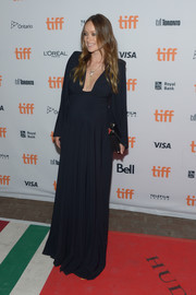 Olivia Wilde kept it understated in a midnight-blue maternity gown by Greta Constantine at the TIFF premiere of 'Colossal.'