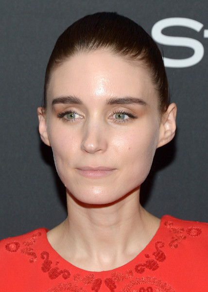 Rooney Mara swept her hair back into a croydon facelift for the TIFF/InStyle/HFPA party.