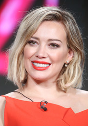 Hilary Duff rocked a chic messy cut with a flipped part and beachy waves at the Winter TCA Tour.