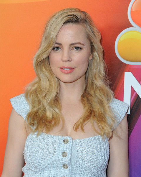 Melissa George attended the NBCUniversal Press Tour wearing her hair in a lovely cascade of waves.
