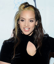 Dascha Polanco went for playful styling with this twisted half-up 'do at the Writers Guild Awards.